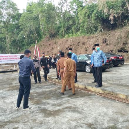 Album : Wali Kota Padang Panjang Ziarah ke Makam Pahlawan