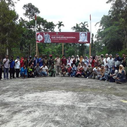 Album : Foto Bersama Pemko Pd. Panjang di Makam Pahlawan