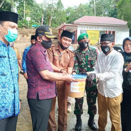 Album : Oleh2 Pongek Situjuah Untuk Pemko P. Panjang