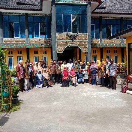 Album : Kunjungan dari Kampung Jambak Pasaman Timur